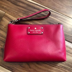 Kate Spade Linet Wellesley Pillbox Red Wristlet